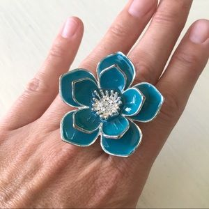 Jewelry - 🌸Turquoise Silver Stretchy Flower Statement Ring